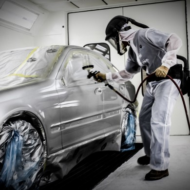 Glasurit 90 line mercedes benz repair open house for Mercedes benz auto body