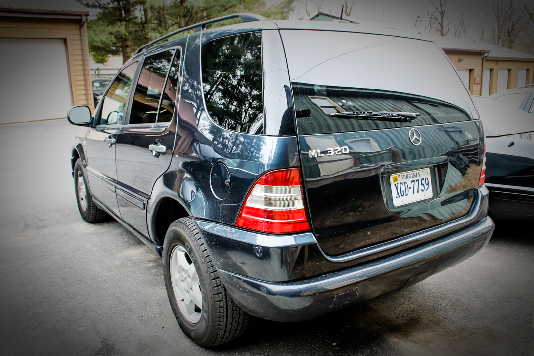Mercedes benz repair maryland mercedes benz club of for Mercedes benz auto body