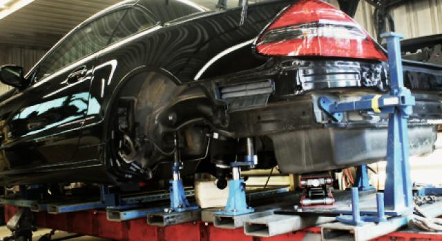 Celette | Auto Collision Center | Mercedes Body Shop | Baltimore Maryland